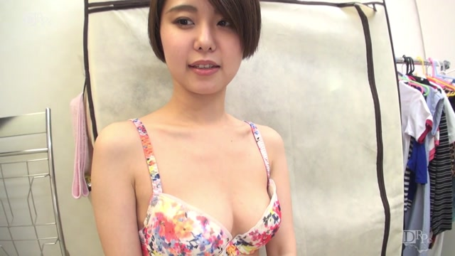 10musume 111617_01 Amateur AV Interview - I came here for my family