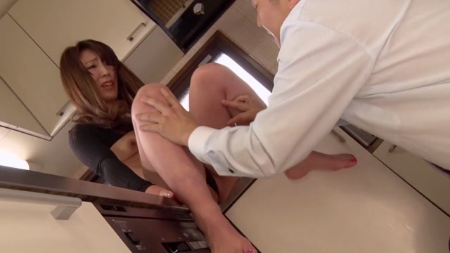 Heyzo 1630 JAV Site Kuni Murakami While my husband is sleeping Co workers with a husband is affair SEX