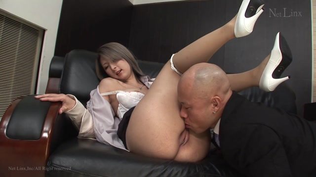 Tokyo-hot n1318 Tokyo heat TOKYO HOT passion inspiring Shaved Pretty Special part3