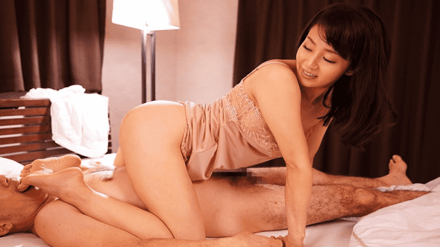 FHD Madonna JUY-414 Yuka Oshima Serving As She was Brushed at the same time as Her mom Whispered A Skeptical word