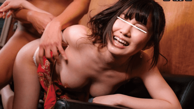 ATOM ATOM-328 Amateur Lady Can Have The Opportunity To Experience And Experience The Humps While Inserting Into The Gangster! What?